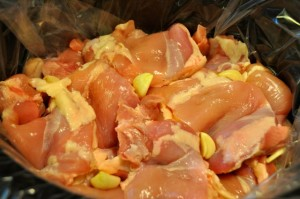 chicken things in crock pot with garlic cloves