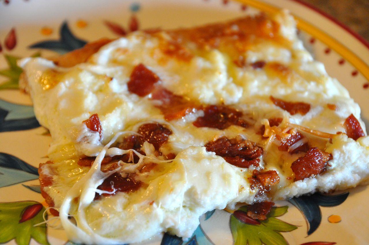 Quattro Formaggio Pizza with Bacon