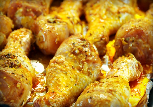 Spicy Garlic Baked Chicken Legs seasoned