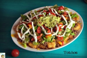 Hunk of Meat Monday: Totchos {Tater Tot Nachos}