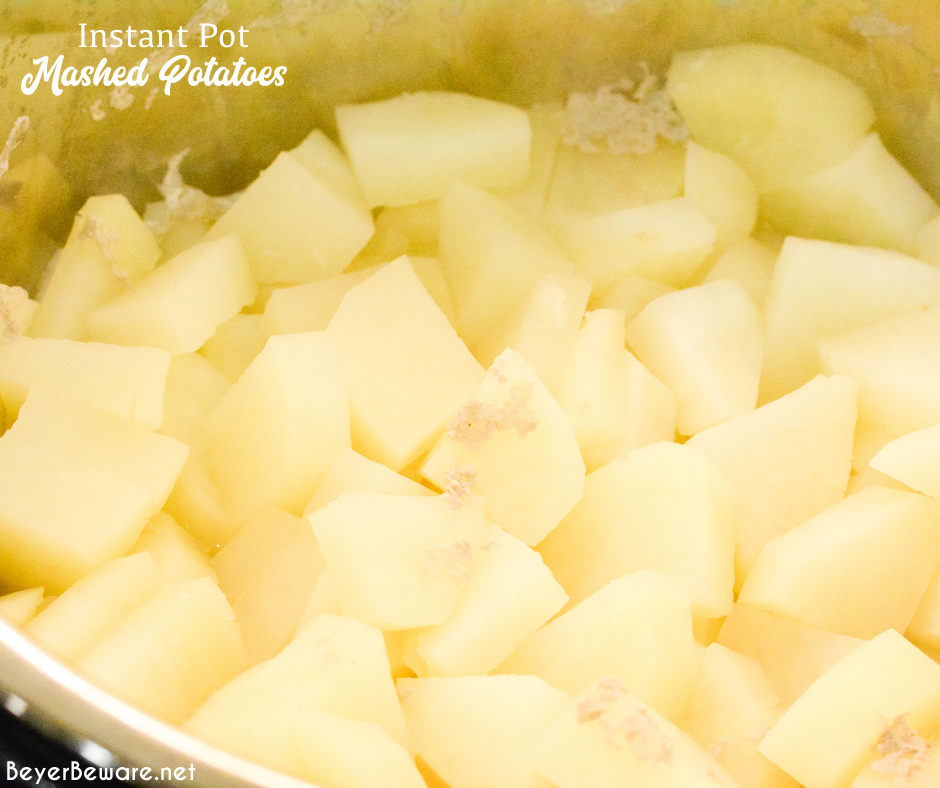 How to make mashed potatoes in the Instant Pot is something everyone who owns an instant pot should know how to do since it is the fastest and easiest way to make creamy mashed potatoes.