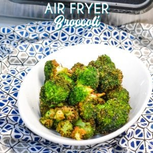 Air fryer broccoli is a delicious crispy broccoli recipe that is ready to eat in just 10 minutes! This broccoli in the air fryer recipe EASY made with a simple combination of fresh broccoli crowns, olive oil, and my favorite garlic pepper seasoning.